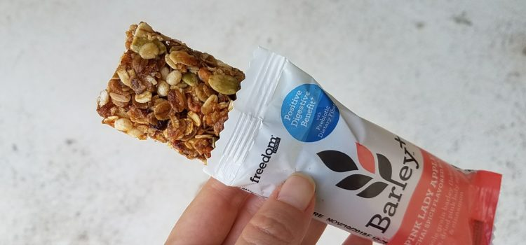 Freedom Foods Barley Plus Bars Review – Pink Lady Apple and Chai Spice Flavor